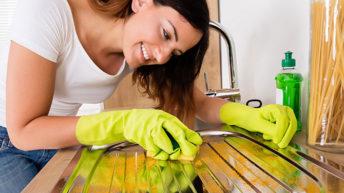 Jak se zbavit vodního kamene v kuchyni