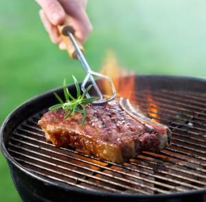 Steak na grilu
