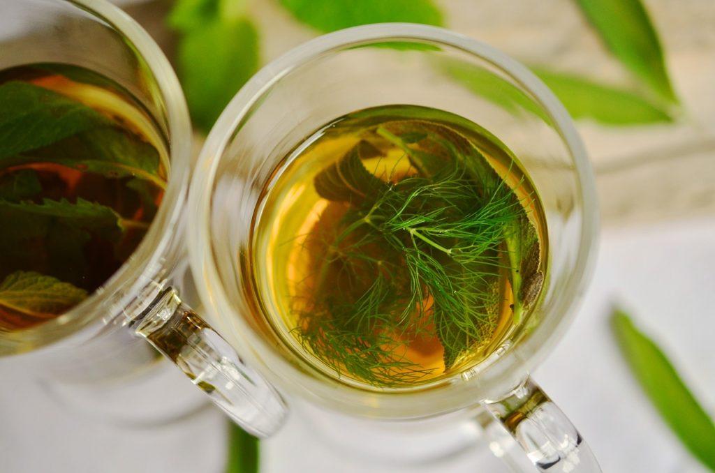 Bylinkový čaj s fenyklem