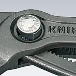Bezpečnostní tlačítko sikovek Cobra KNIPEX