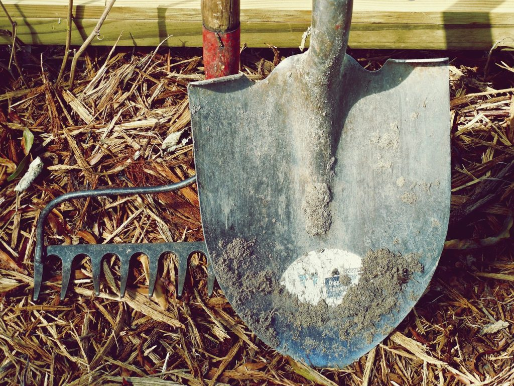 Rýč a lopata