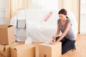 Stěhování - baleni do krabic