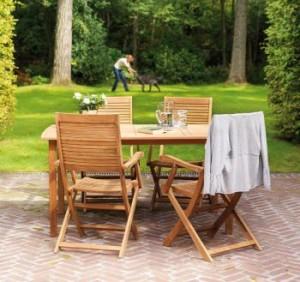 Teakový zahradní nábytek
