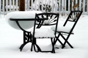Zahradní nábytek v zimě
