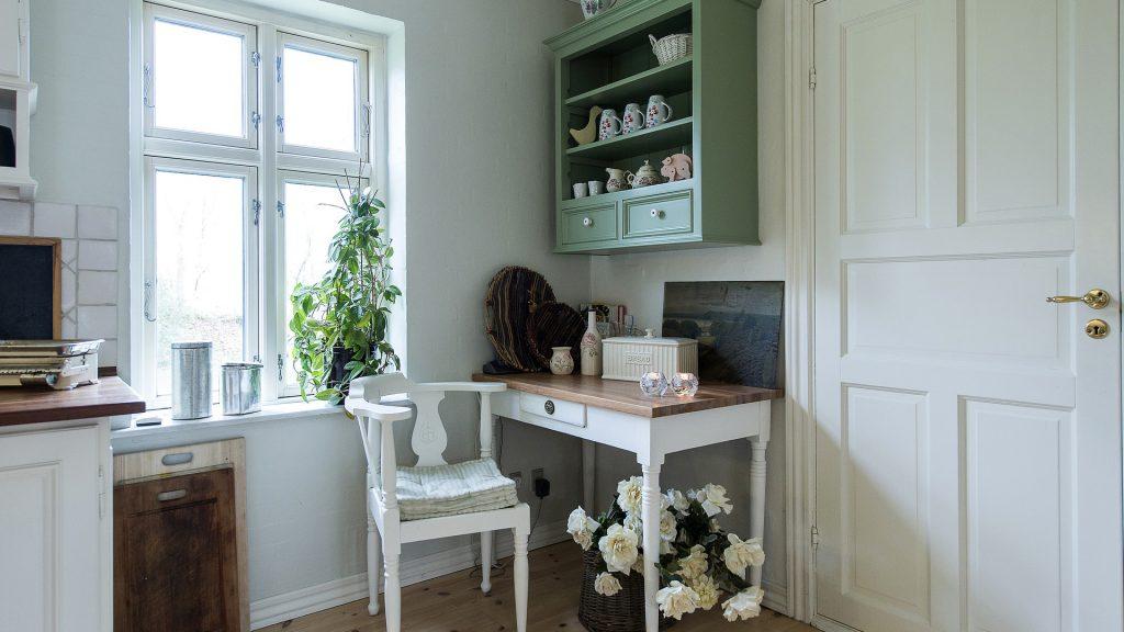 Starý nábytek, kuchyně
