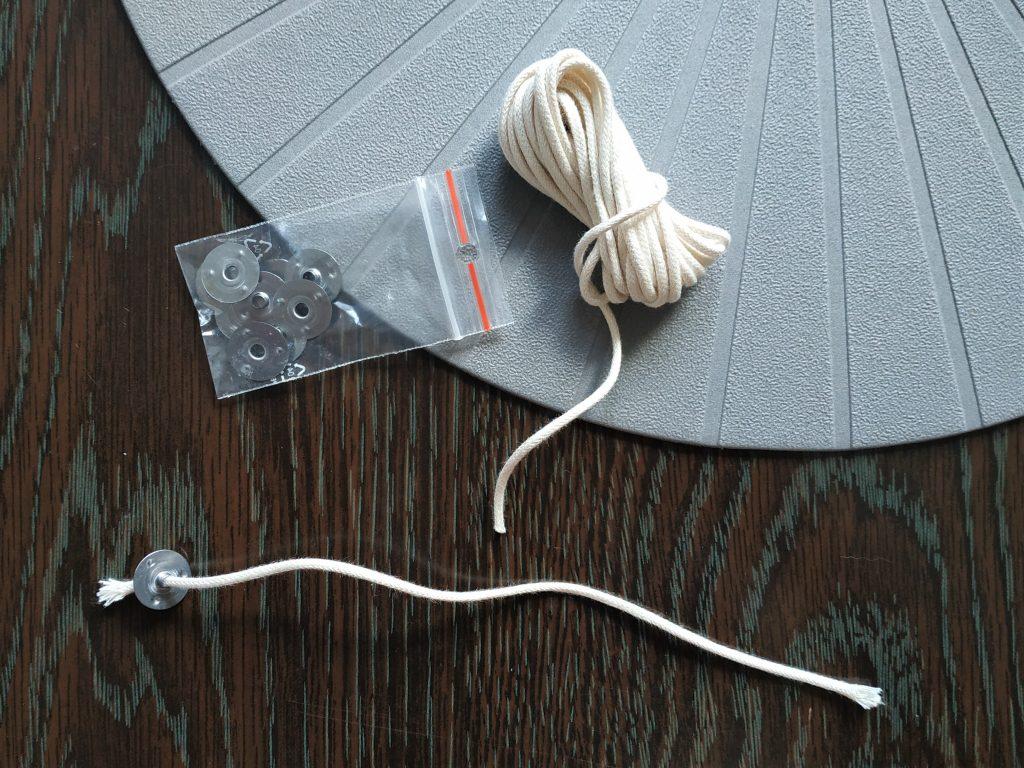 Knot a plíšek na výrobu svíčky