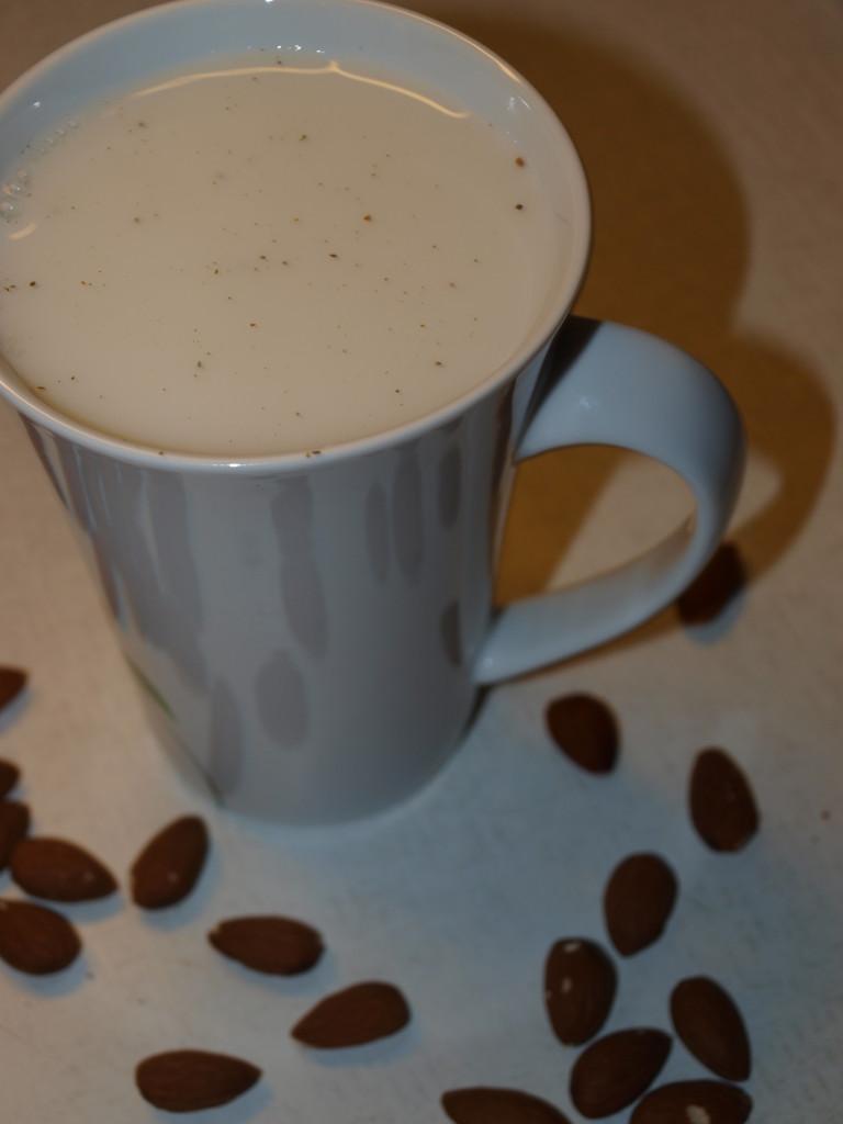 Mandlové mléko 4