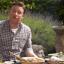 Nábytek podle Jamie Olivera: Stůl a gril vjednom