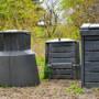 Dobrý kompostér by neměl chybět v žádné zahradě