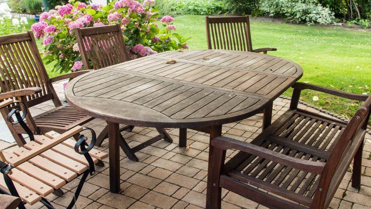 Jaro pomalu klepe na dveře. Jak vybrat kvalitní zahradní nábytek?