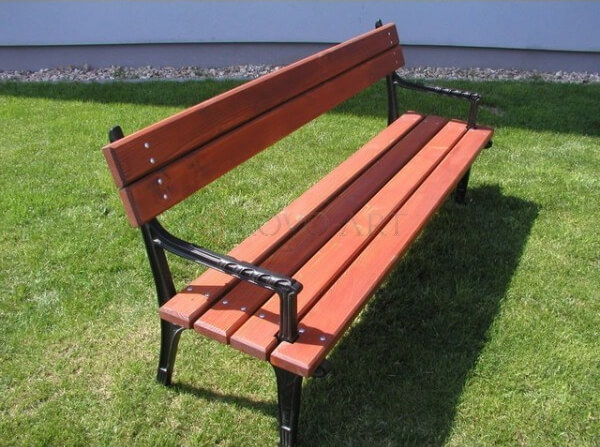 Litinová lavička