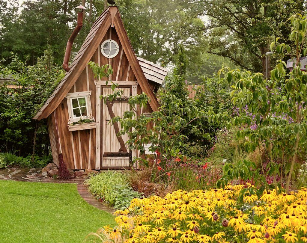 Zahradní domek jako z pohádky
