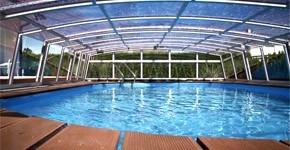Vybíráme kvalitní zapuštěný bazén se zastřešením